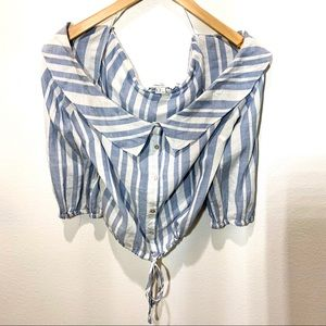 FOREVER 21 BLUE & WHITE STRIPED CROPPED TOP.